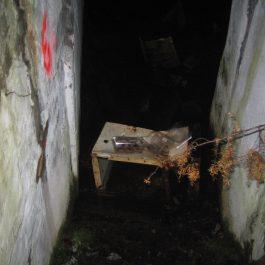 Eklēri pazemes bunkurā