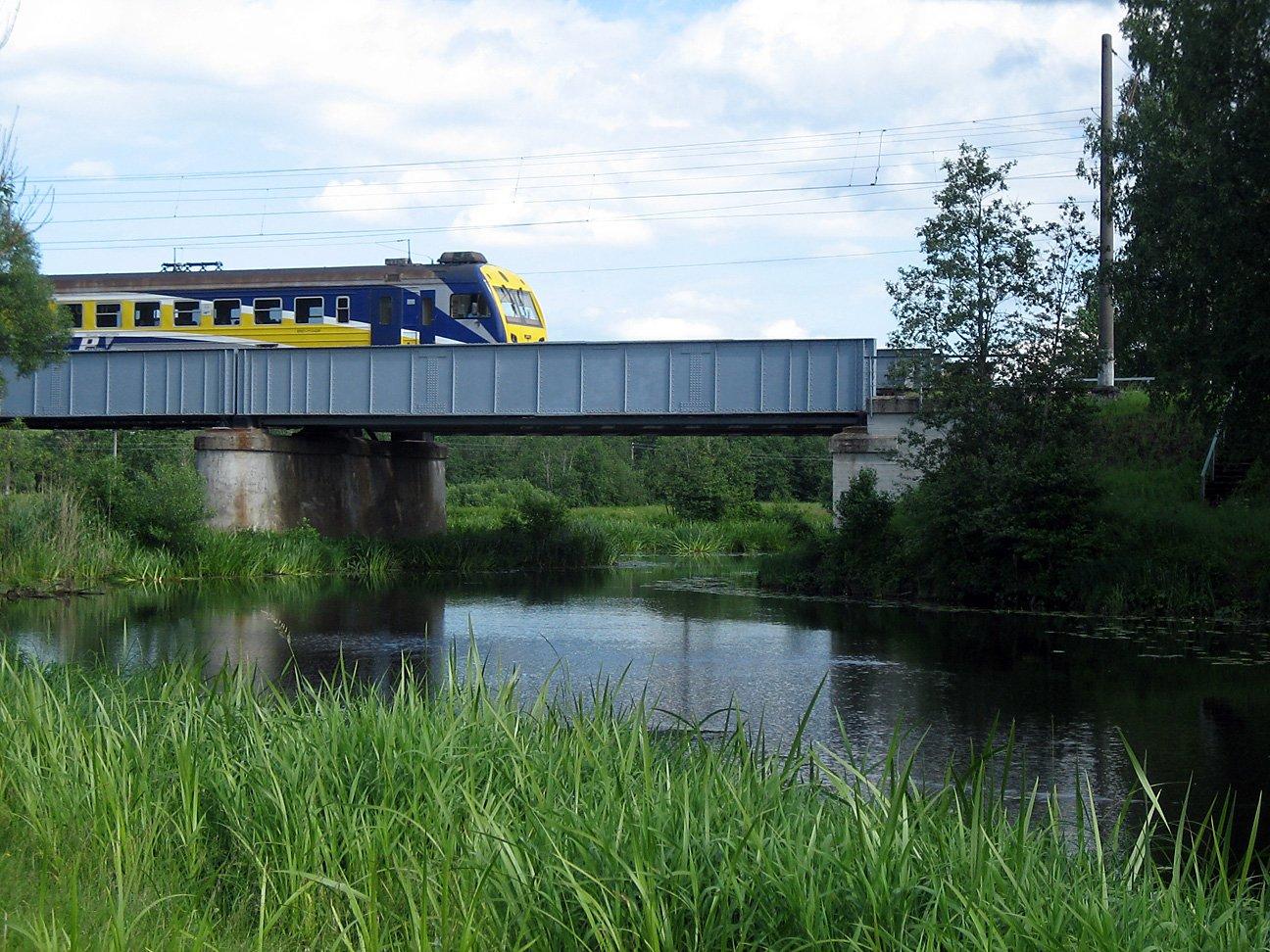 Vilciens pār Iecavu