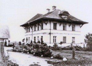 Skats uz Kungu māju, 1930. gadu beigas. Attēls no: www,mazmezotne.lv