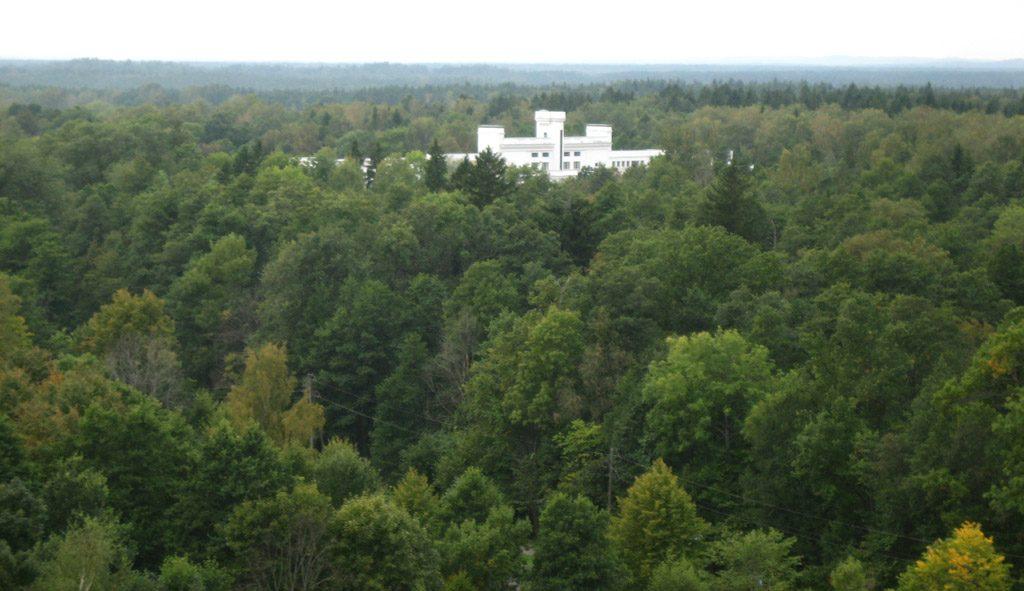 Ķemeru sanatorija no otras sanatorijas jumta